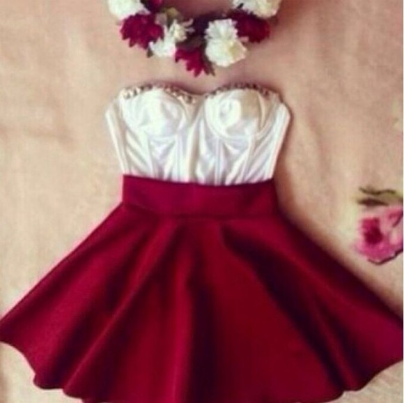 flowy skirt red