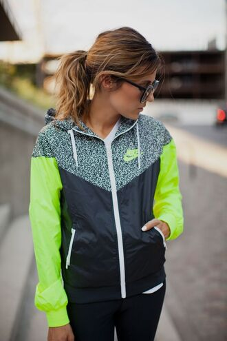 jacket neon windbreaker coat nike sweater nike nike jacket nike sportswear neon adidas tracksuit sweater neon green black grey colorblock hat yellow coat shirt green jacket green fitness gym nike free run nike air print stripes