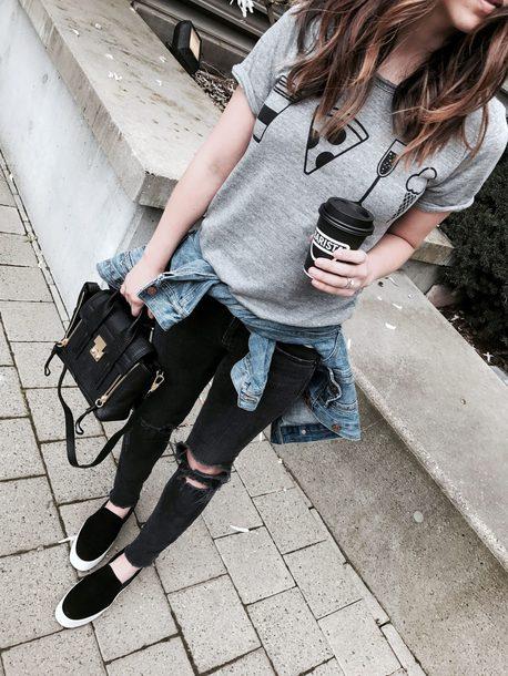 T-shirt tumblr slip on shoes grey t-shirt denim jeans black jeans black skinny jeans ...