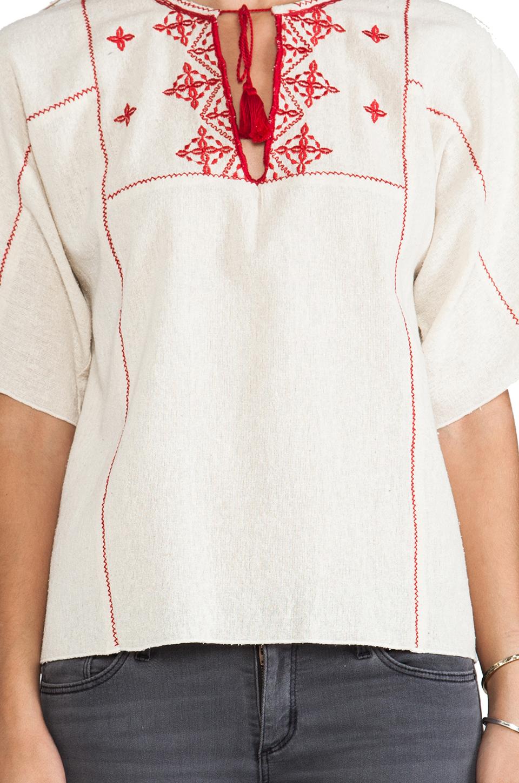 Ulla Johnson блузка nomad в цвете Клык | REVOLVE