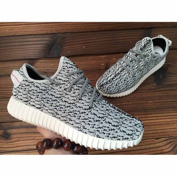 b8325b58b620a 2015 New Low Yeezy Running Shoes Top Quality Fashion Sneakers Men Shoes  Kanye Omari West Yeezy ...