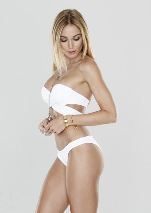 Bella top in white