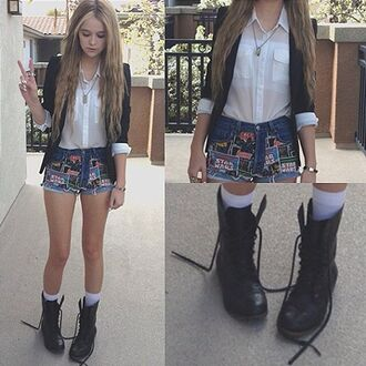 shoes shorts shirt white combat boots blazer acacia brinley stars jacket chemise swag boots black denim
