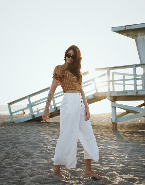pants cropped pants slide shoes wide-leg pants crop tops stripes sunglasses
