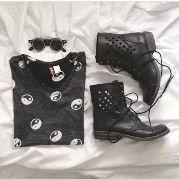 shirt ying yang t-shirt shoes