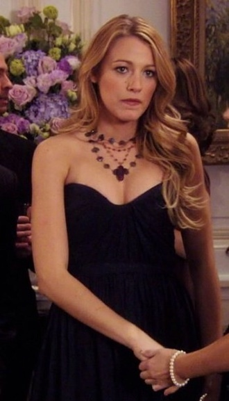 jewels serena van der woodsen gossip girl blake lively dress