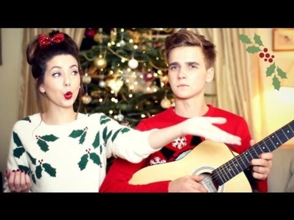 sweater white green christmas