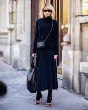 skirt,midi skirt,black skirt,pleated skirt,sandals,high heel sandals,handbag,crocodile,crossbody bag,mini bag,turtleneck,sunglasses