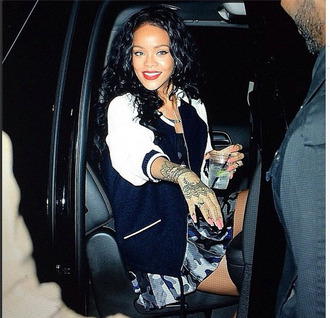navy rihanna rihanna style skirt celebrity style mini skirt