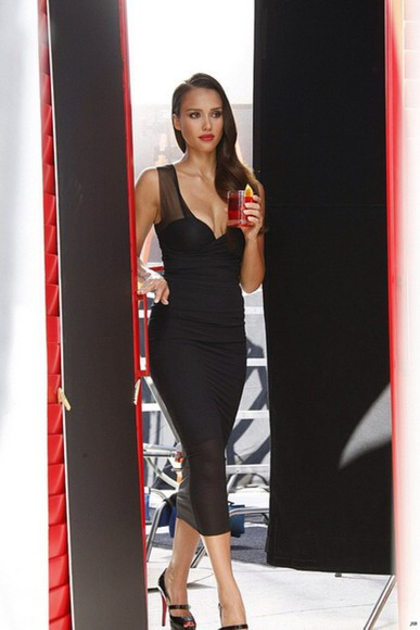 jewels nail polish jessica alba black dress compari jessica alba jessicaalba red lipstick lipstick red lips little black dress Belt jacket jeans scarf sunglasses bag t-shirt swimwear blouse underwear