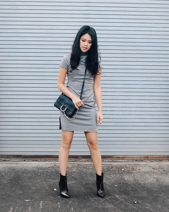 behind seams blogger grey dress shoulder bag black boots black shoulder bag chloe faye bag chloe bag chloe ribbed dress slit dress short sleeve dress mini dress short dress crossbody bag black bag boots