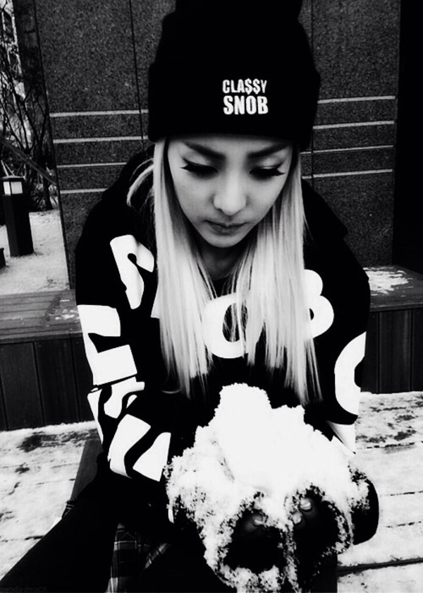 hat beanie black and white black black outfit black beanie swag korean fashion kpop dara outfit ootd clothes fashion clothes sweater swag