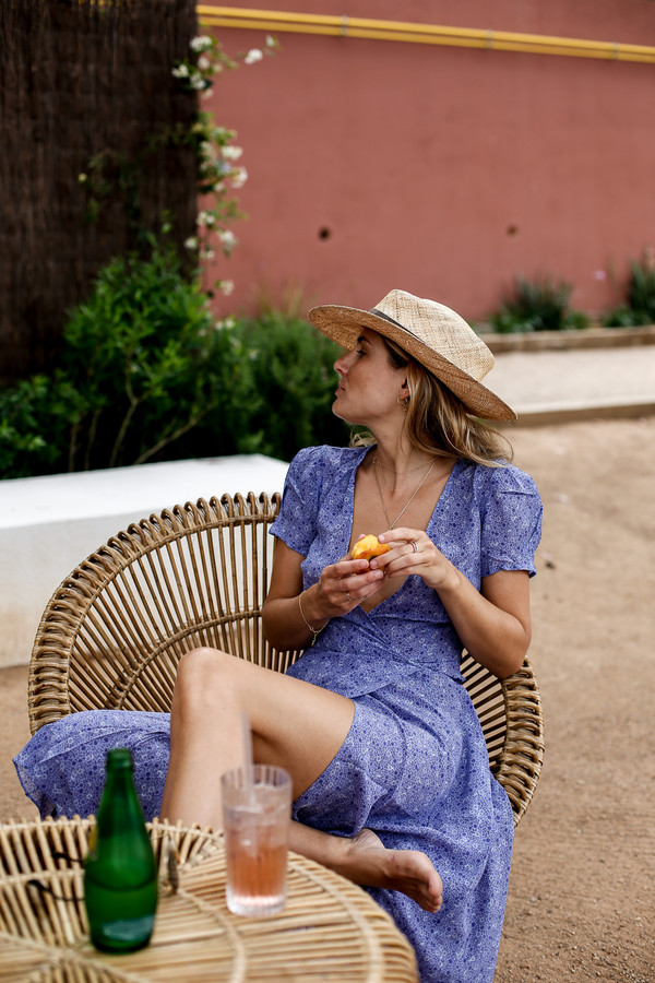 dress hat tumblr blue dress realisation par dress midi dress wrap dress v neck v neck dress sun hat