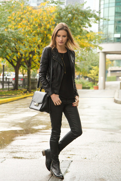 styling my life blogger top jeans bag jacket