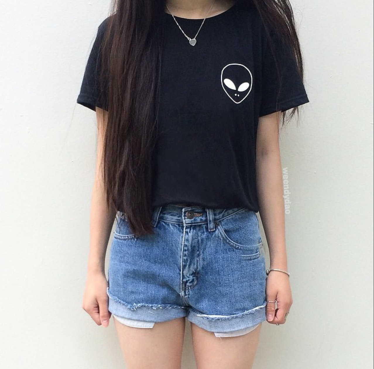 Black t shirt outfit tumblr - Alien Shirt Pocket Tee Tumblr Pocket Left Patch Shirt Also Available On A Sweatshirt