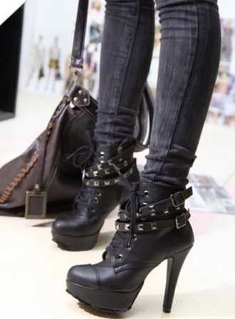 shoes edgy
