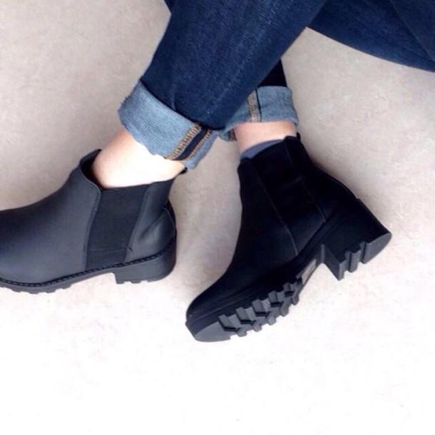 shoes black booties heels