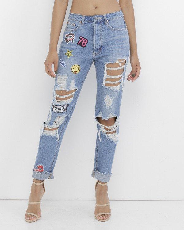 WILL TELL PATCH Denim Boyfriend Jeans at FLYJANE