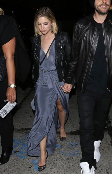 dress wrap dress grammys 2015 ashley benson pumps shoes