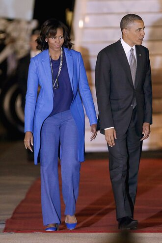 pants suit blue pumps michelle obama barack obama first lady outfits blazer top