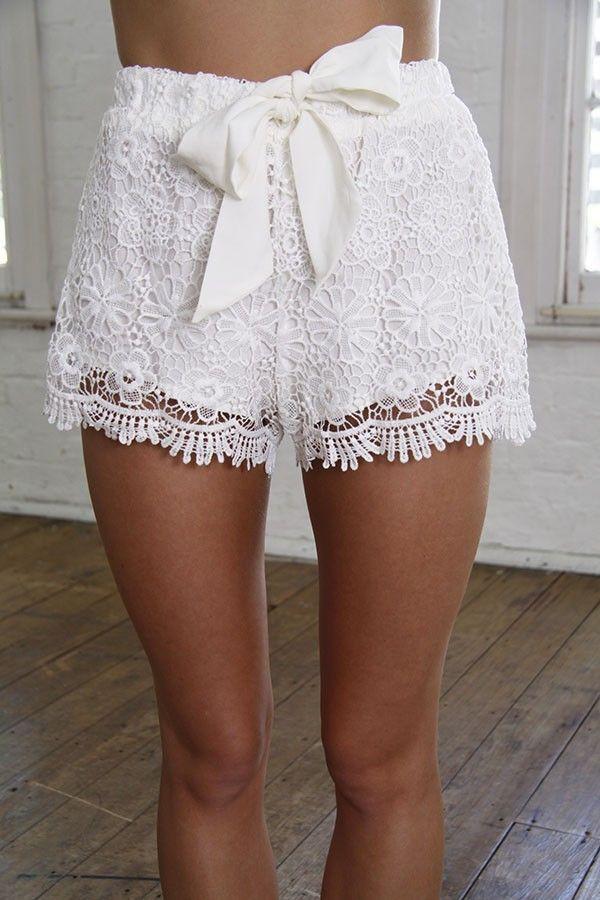 white shorts white crochet shorts bow front shorts crochet lace shorts white lace shorts www.ustrendy.com