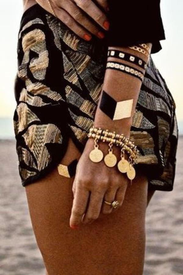 Shorts: gold, black, loose shorts, boho, flash tatoo ...
