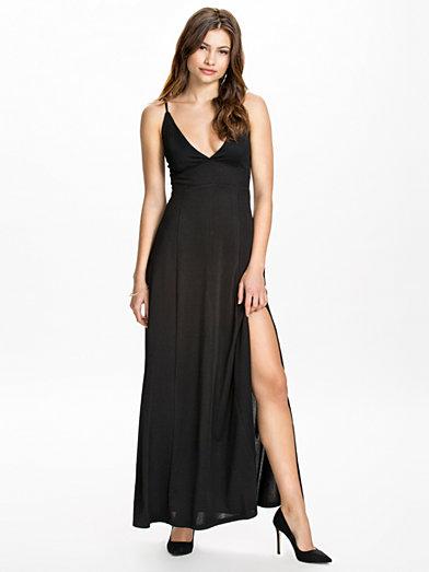 Triangle Maxi Dress - Club L - Sort - Festkjoler - Tøj - Kvinde - Nelly.com