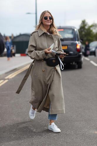 bag tumblr belt bag fanny pack coat basic oversized grey coat grey long coat sneakers white sneakers low top sneakers streetstyle