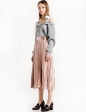 skirt,pink satin pleated midi skirt,pleated midi skirt,midi skirt,pink skirt,satin skirt,gucci,gucci skirt,holiday skirt