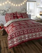 home accessory,bedding,holiday season,bedroom,snowflake,heart,lighting