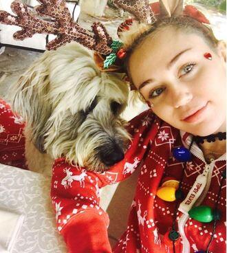 pajamas christmas instagram miley cyrus sweater