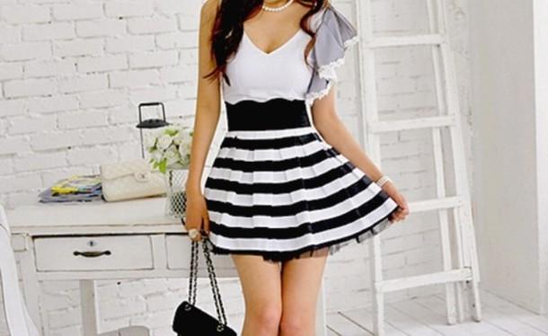 5256fa4dd dress black and white stripes striped dress white black short sleeve flowy dress  short dress pearl