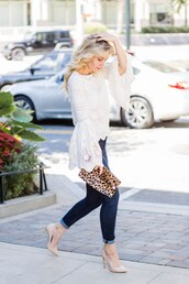 citypeach,blogger,shoes,sweater,fall outfits,clutch,nude heels,pumps,high heel pumps,bell sleeves,skinny jeans,jeans