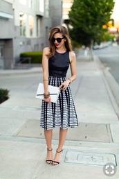 dress,pattern,midi skirt,pleated skirt,pleated,black and white