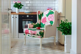 home accessory flowers floral chair royalty plants home furniture furniture white vintage