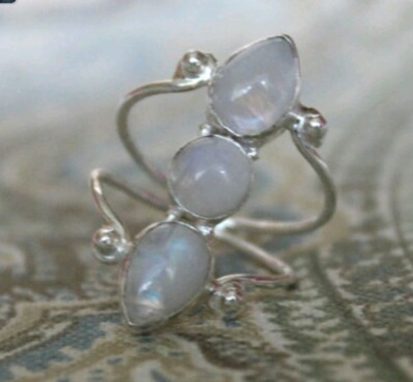 jewels moonstone ring