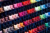 nail polish,étagère,vernis,couleurs,noire