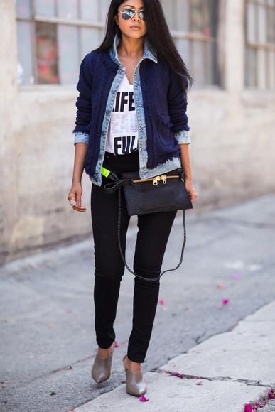 walk in wonderland t-shirt jeans shoes jewels sunglasses bag jacket
