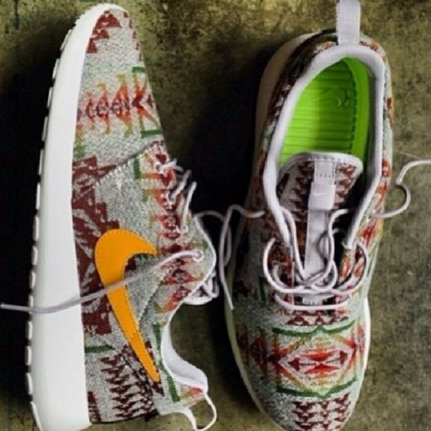 shoes nike roshe run tribal pattern