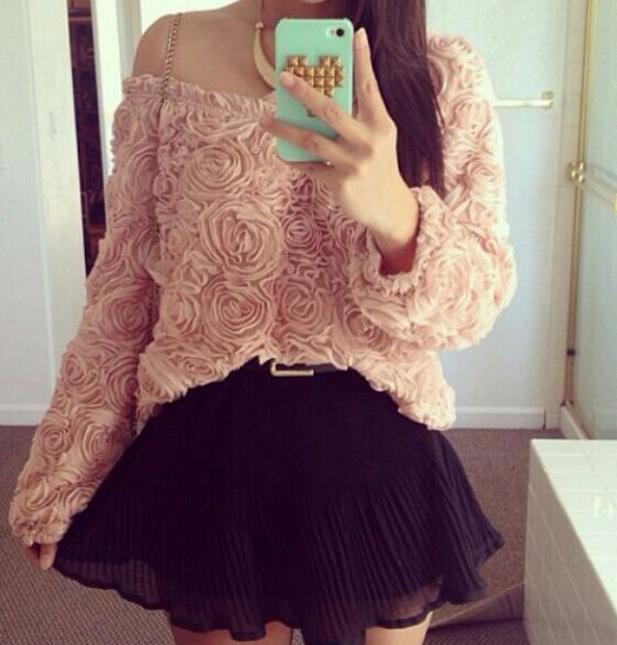 Fashion flower hot sweater