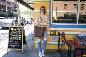 zanita blogger bag jeans shoes top sunglasses