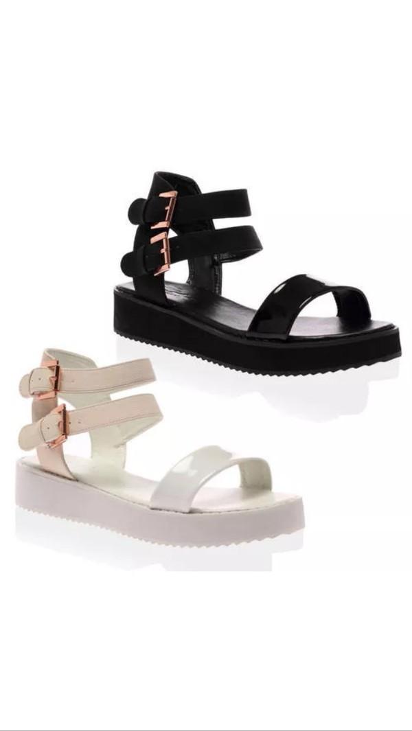 Elaina Black Flatform Sandal