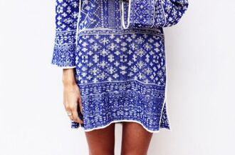blouse chic boho chic blue blouse blue dark blue navy navy dress cute cute dress summer summer dress tumblr tumblr clothes instagram blogger fashion fashionista rad date outfit white pattern colorful patterns gorgeous beautiful boho dress boho ring boho shirt chic muse dress azteque printed dress daphne burki