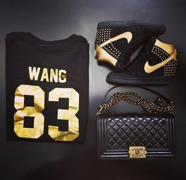 shoes t-shirt sweater chanel boy bag boy bag chanel bag shirt nike dunk gold black nike sneakers quilted bag wang studded shoes 83 spike chanel blouse platform shoes swag wang 83 sneakers black boots boots t-shirt black and gold purse shrit jason derulo