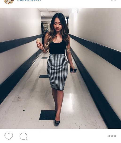 Skirt: houndstooth pencil skirt, chic business casual - Wheretoget