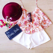 tank top,flowers,valentines,date outfit,pretty,beautiful,singlet strap,lovely,cute,flower tank top,shirt,floral tank top,cute dress,shorts,white,hat