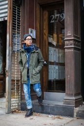closet freaks,blogger,scarf,menswear,mens coat,hipster menswear,coat,jacket,jeans,shoes,hat,mens parka,mens ripped jeans,mens straight jeans,mens knitted scarf