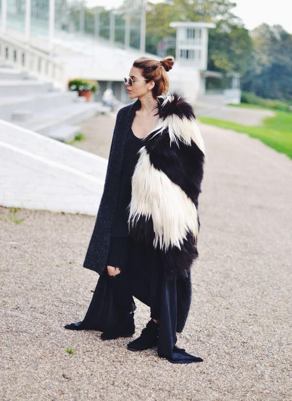 maja wyh blogger scarf