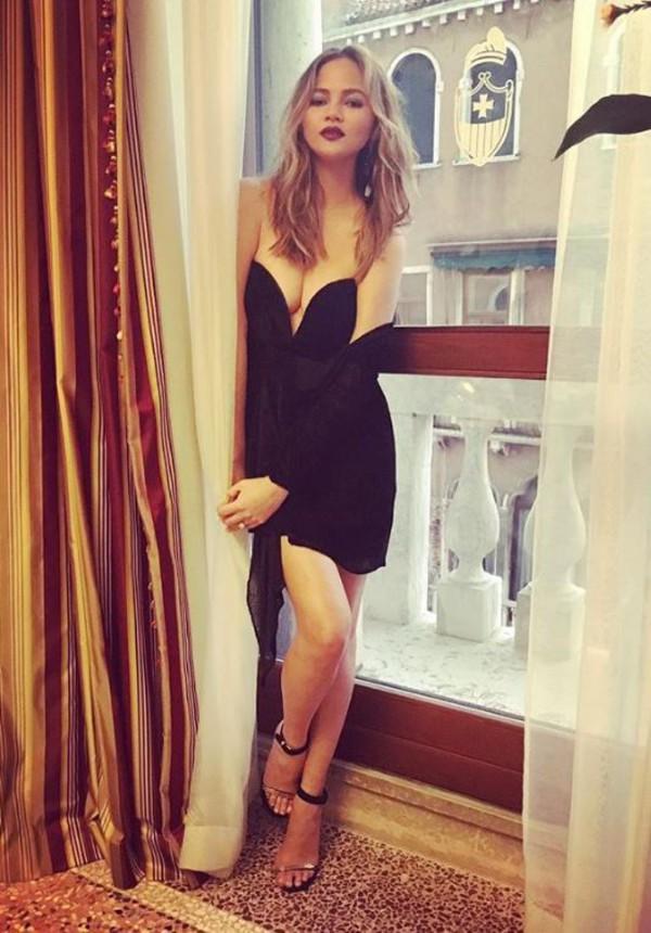 713f7adb2991a dress bustier dress chrissy teigen sandals sandal heels mini dress  instagram black black dress little black