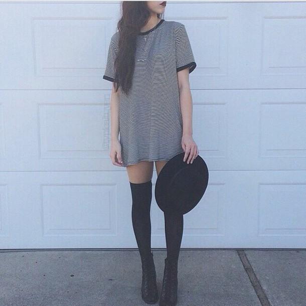 shirt dress lines black and white blue black white lines black hat long shirt